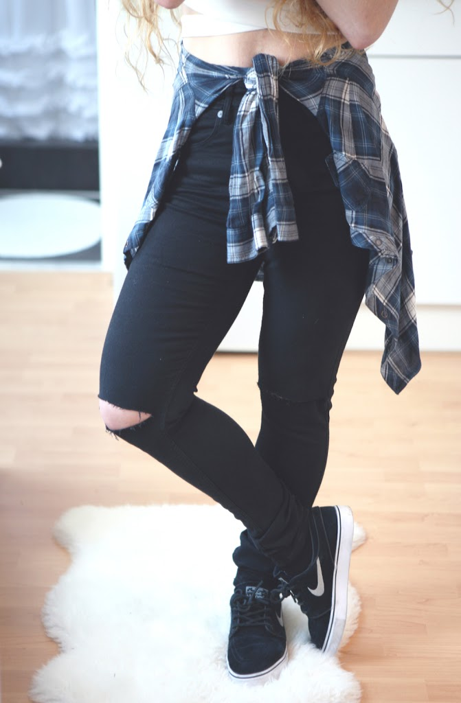 DO IT YOSELF: RIPPED JEANS - Lily Like