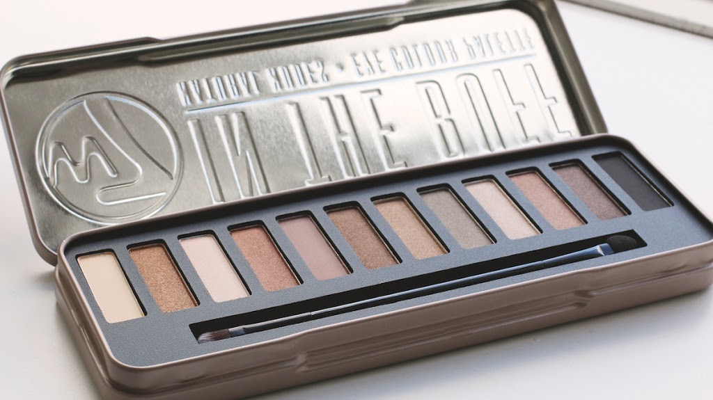 W In The Buff Natural Eyeshadow Palette Review
