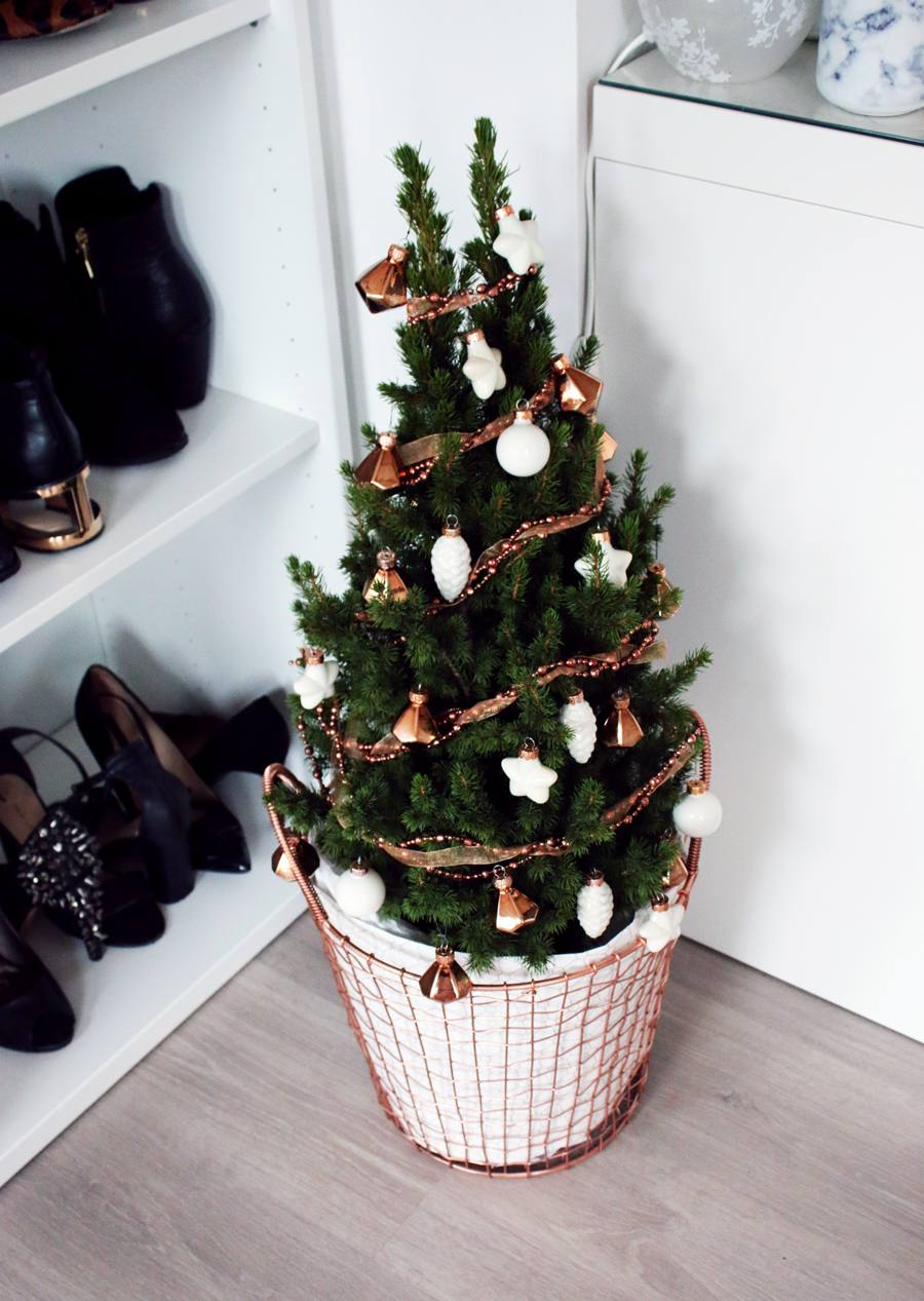 interior rose gold christmas tree