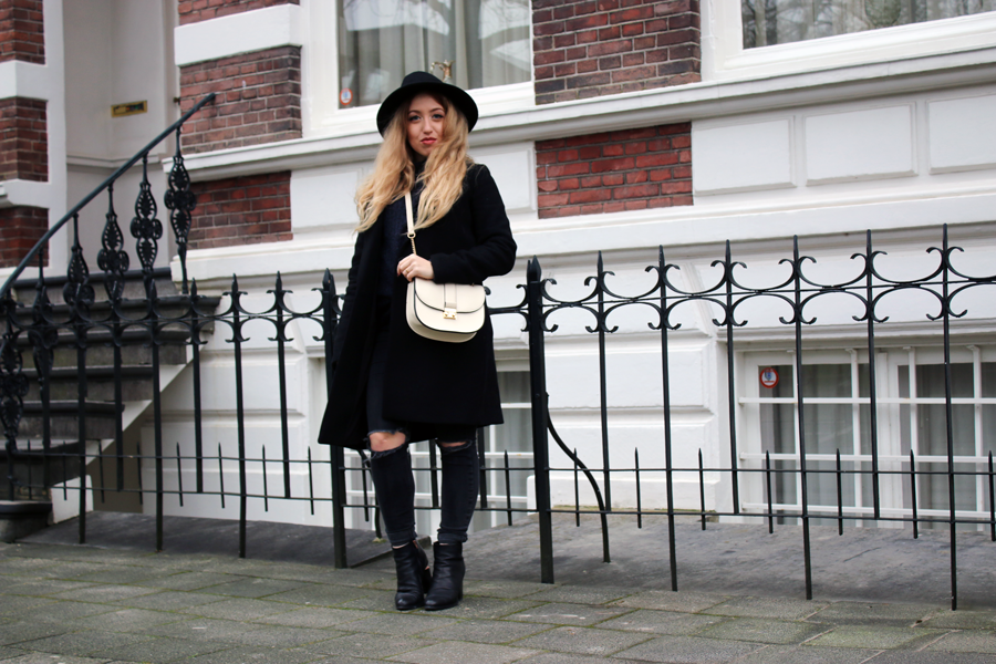 OUTFIT OF THE DAY | Black & Blue