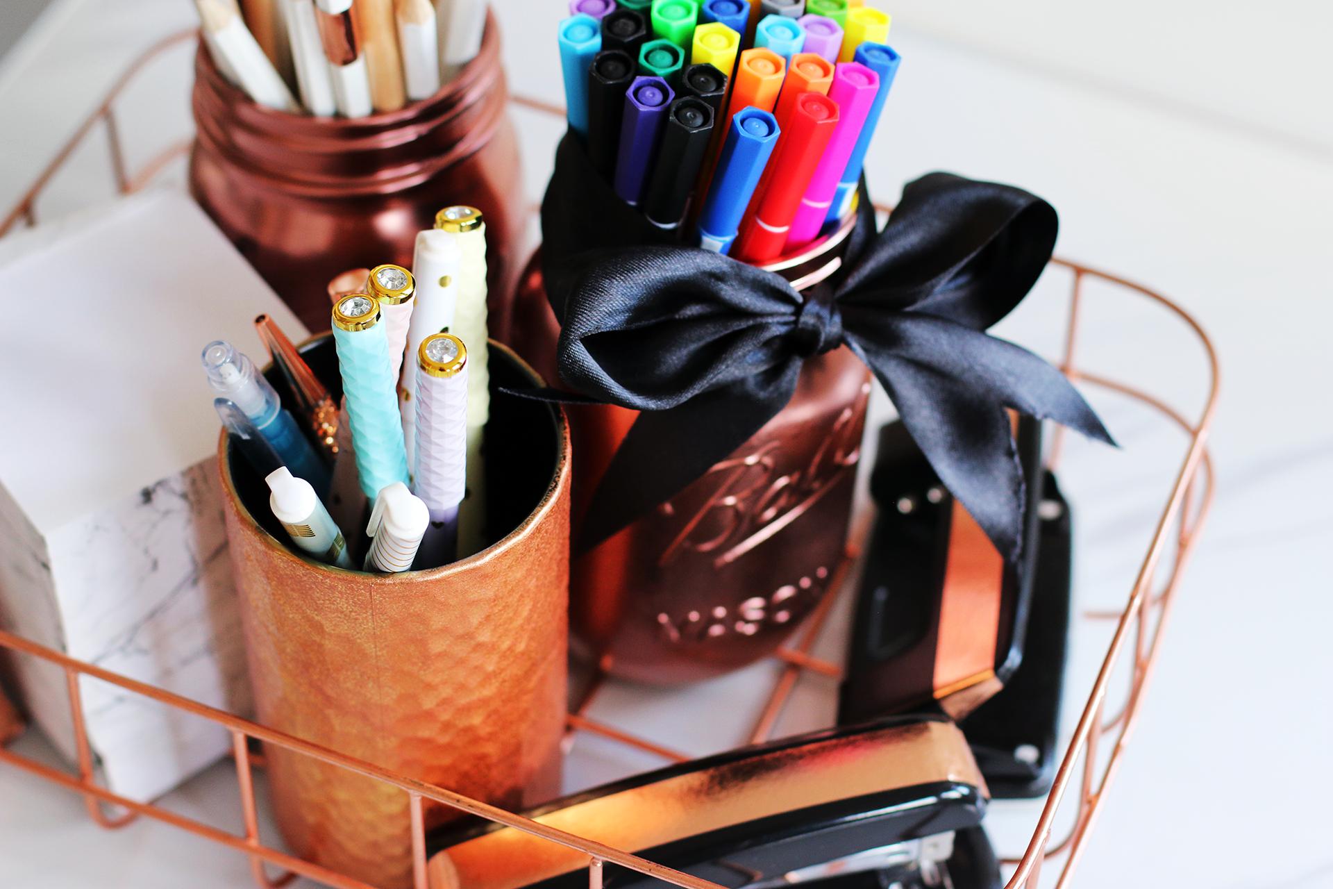 Diy pinterest desk decor organization tips giveaway for Diy desk stuff