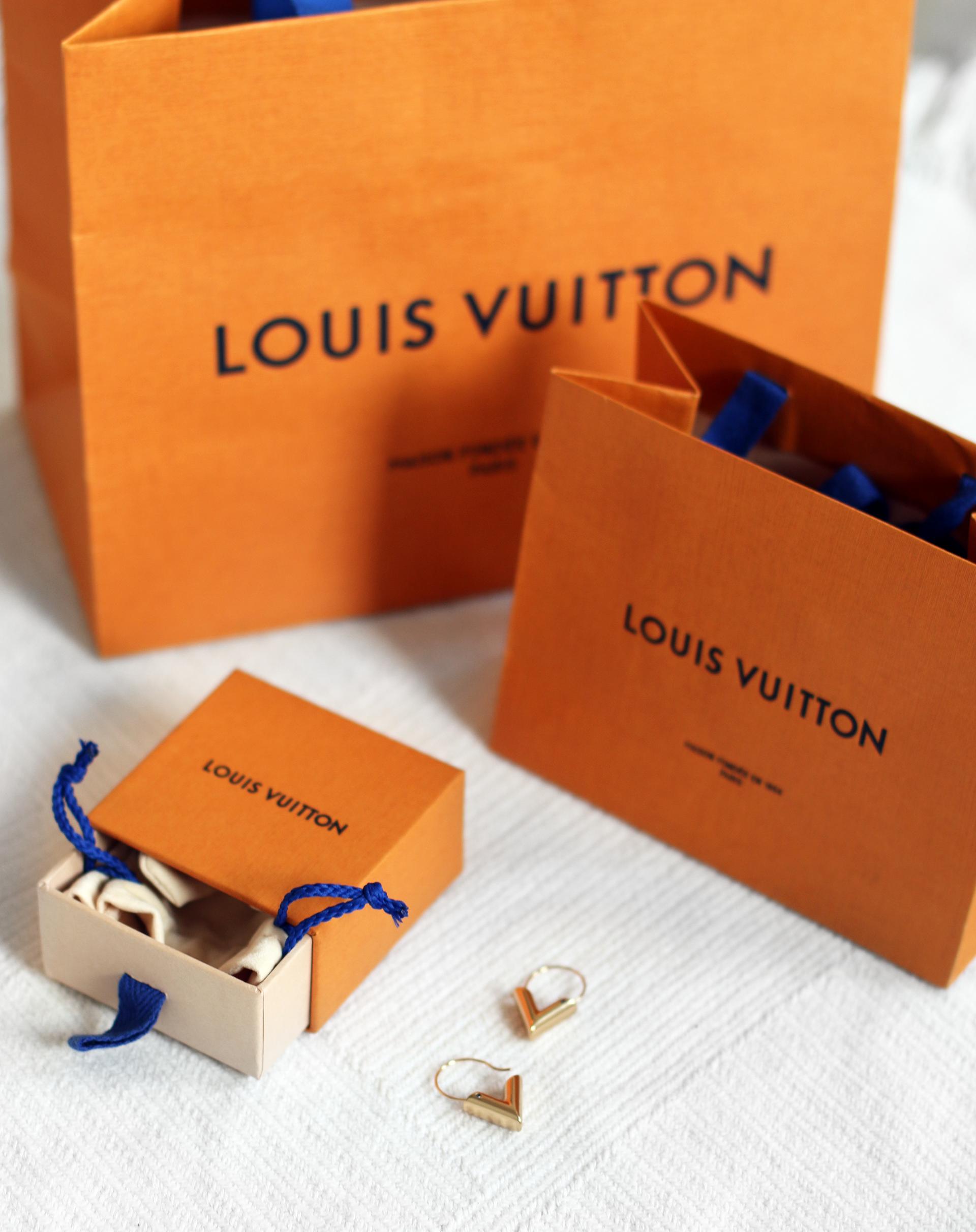 Louis Vuitton Essential V Hoops Earrings
