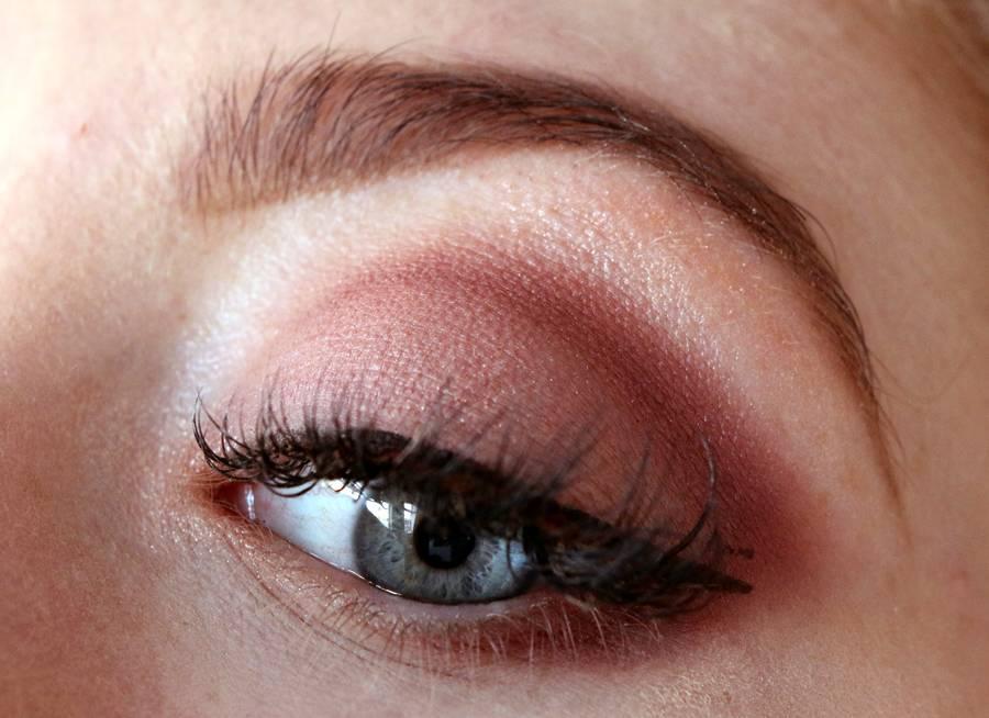Review Mac Eye Shadow X 9 Burgundy Times Nine