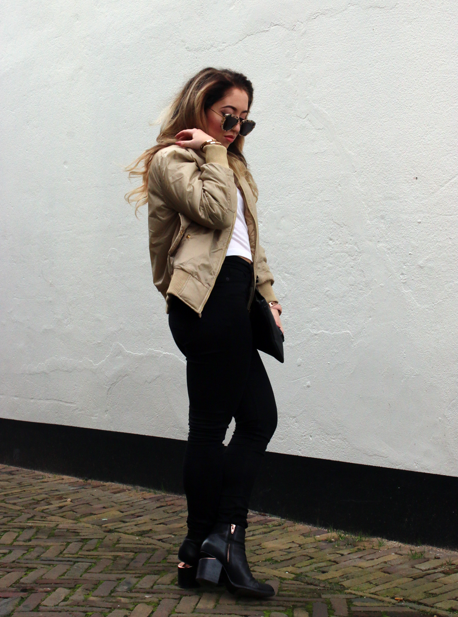 OUTFIT OF THE DAY   The Bomber Jacket