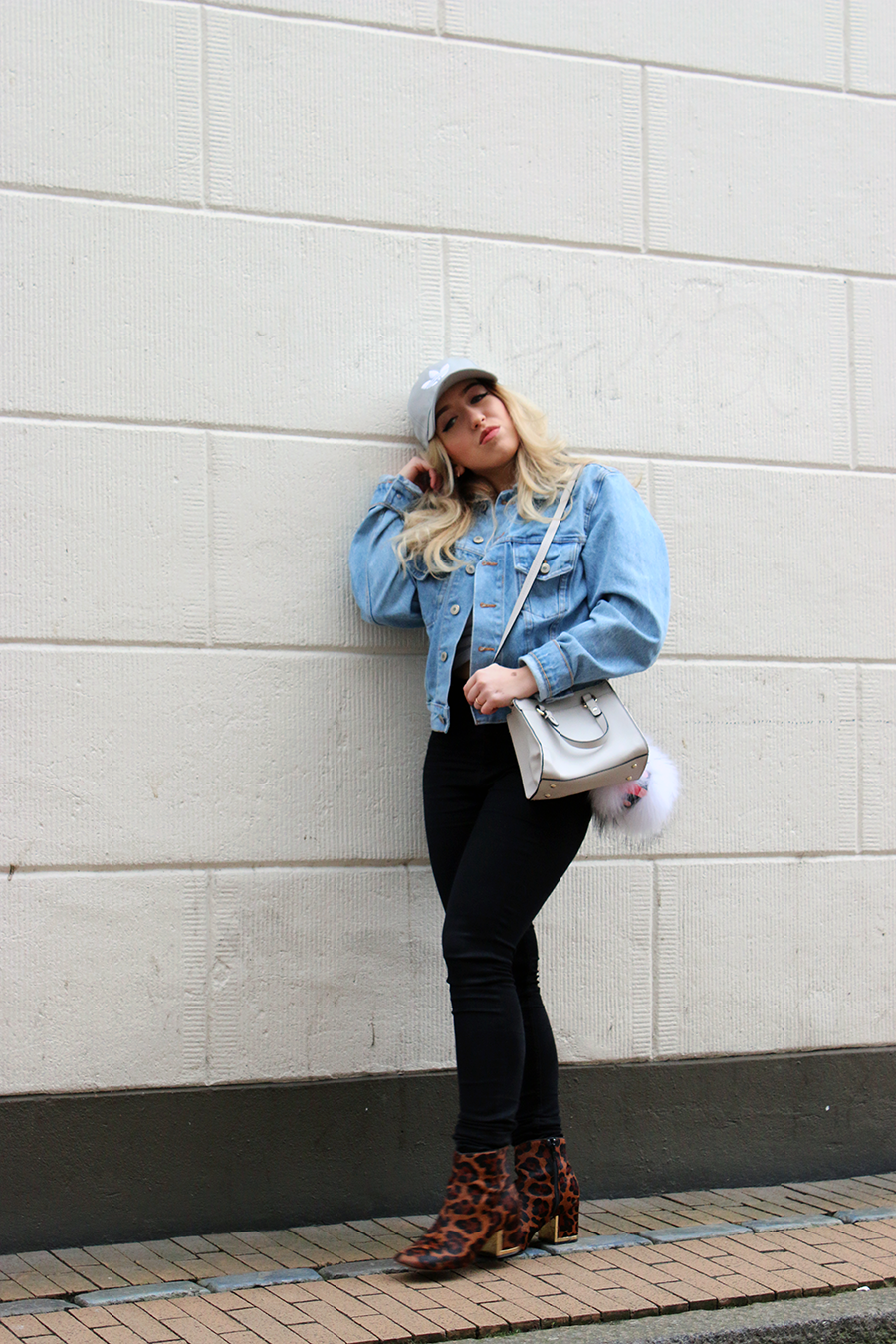 OUTFIT OF THE DAY   The Denim Jacket
