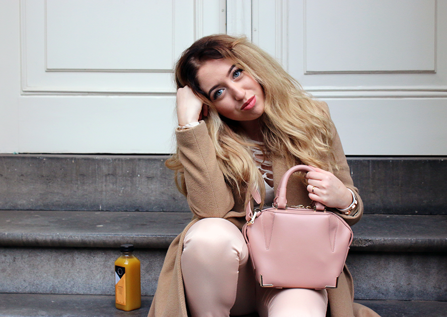 OUTFIT OF THE DAY | Blush Nudes