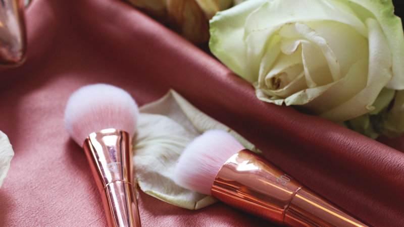 REVIEW | Real Techniques Bold Metals Rose Gold Brushes